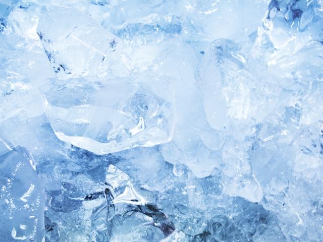 ③オイシックスの冷凍手数料:冷凍食品の金額によって追加費用がかかる