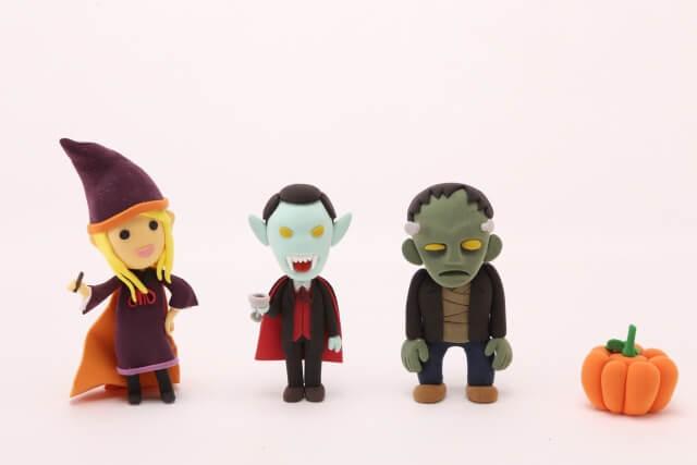 ハロウィンの仮装は魔女を騙すためだった!