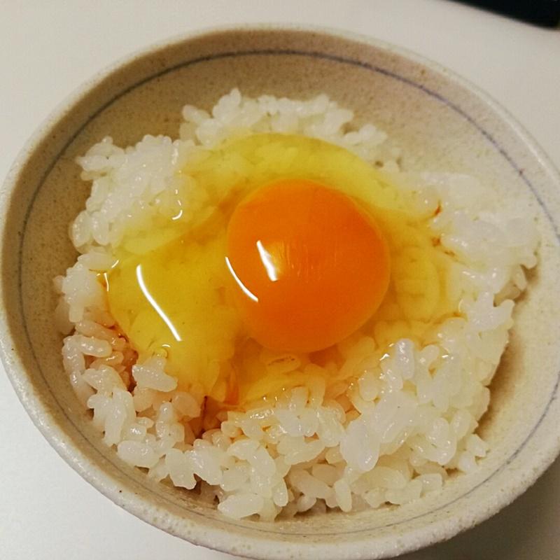 オイシックスの卵は黄身が濃い!富士山麓たまご2