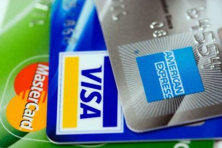 オイシックス料金をカード払い!対応しているクレジットカード会社一覧