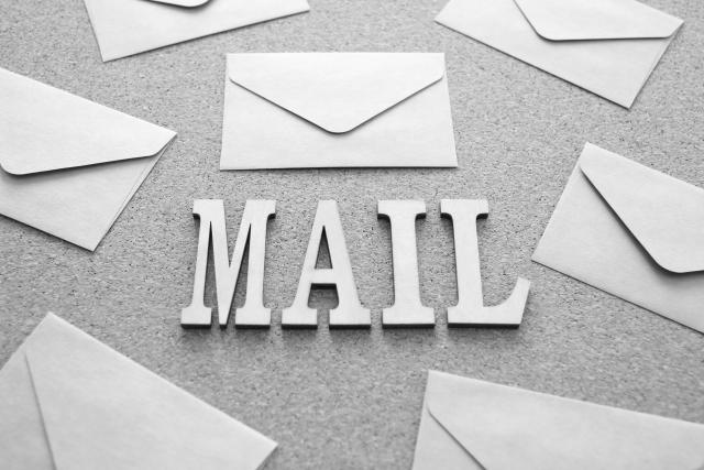 再登録特典はメールの方が優勢?勧誘電話が来たらメールもチェック!