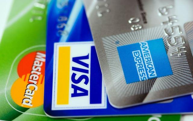 支払い方法で比較!色んな選択肢があるのはどっち?