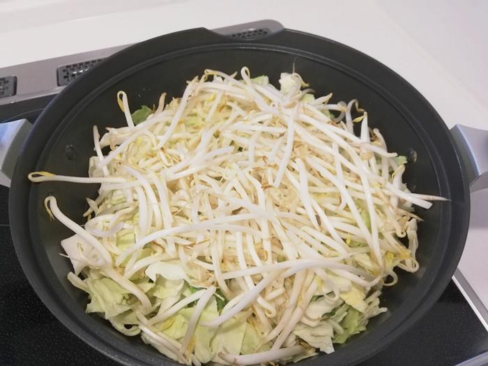 鍋キットコース_ジューシー餃子の濃厚みそ鍋23